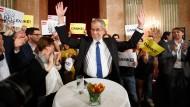 Wahlforscher erwarten hauchdünnen Vorsprung für Van der Bellen