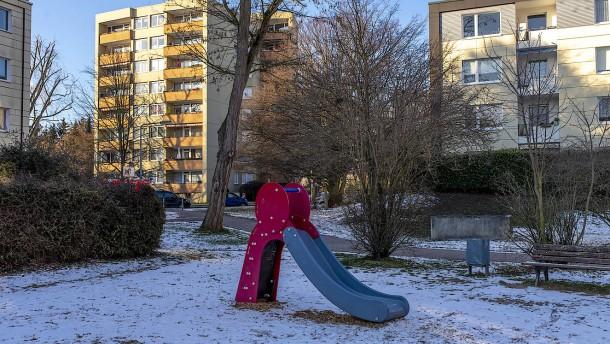 Wohnungspolitik in Frankfurt: Mehr bauen oder strenger regulieren?