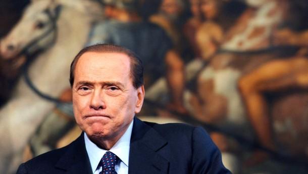 Senatsausschuss stimmt für Ausschluss Berlusconis