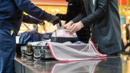 Flughafen-Sicherheitscheck in höchstens 15 Minuten – ist das möglich?