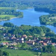 Der idyllisch gelegene, aber trübe Vielitzsee beschäftigt Anwohner, Landwirte und das Umweltministerium von Brandenburg.
