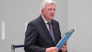 Halle sich in Sachen Migration ein Schweigegelübde auferlegt: Volker Bouffier