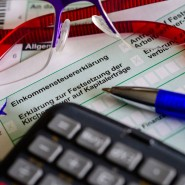 Kompliziert: Eine Steuererklärung passt nicht nur auf eine Seite, das gilt auch und gerade für Gutverdiener