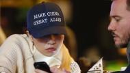 Auch nach Trumps Wahl beliebt: Mützen aus China