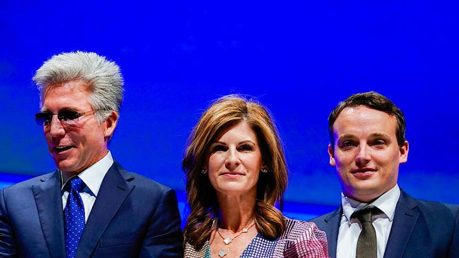 Der neue SAP-Co-Chef Christian Klein (rechts), der ehemalige Chef Bill McDermott (l.) und die neue Co-Chefin Jennifer Morgan im Mai 2018 in Mannheim.