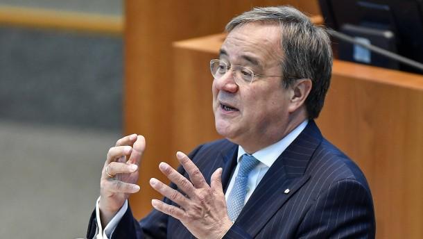 SPD wirft Laschet Führungsschwäche vor