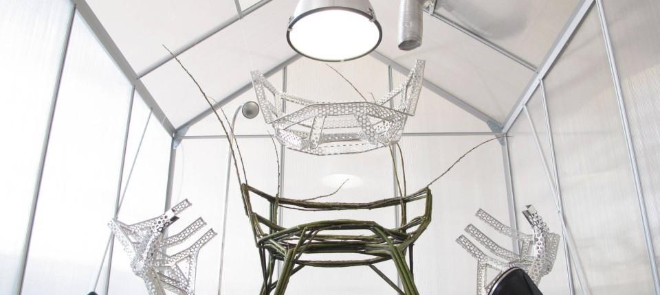 mail nder m belmesse w chst ein stuhl im walde design faz. Black Bedroom Furniture Sets. Home Design Ideas