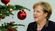 Keine Ruhetage vor Weihnachten: Nach ihrer Wiederwahl am Dienstag hat Bundeskanzlerin Angela Merkel mit ihrem neuen Kabinett einiges zu tun
