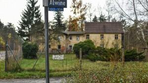 Käufer will das Dorf Alwine jetzt doch nicht mehr