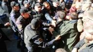 Verhaftungen sorgen für Empörung in Europa