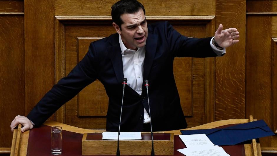 Griechenlands Regierungschef Alexis Tsipras im Parlament in Athen.