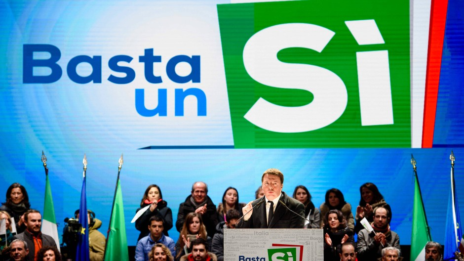 Der italienische Ministerpräsident Matteo Renzi bei einer Wahlkampfveranstaltung zum bevorstehenden Referendum in Florenz