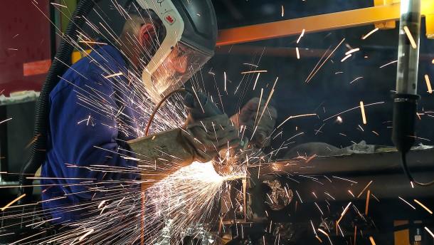 Maschinenbau erhält erstmals wieder mehr Aufträge