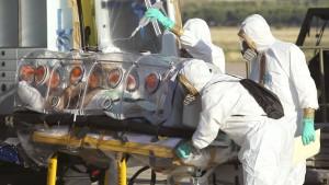 Erster europäischer Ebola-Patient in stabilem Zustand