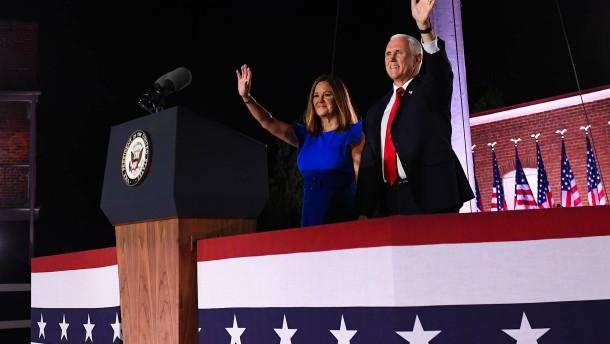 Pence nimmt Nominierung für zweite Amtszeit als Vizepräsident an