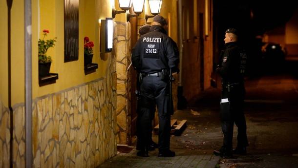 Beamte sollen Dienstgeheimnisse an Mafia verraten haben