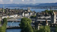 Blick auf Zürich: Ausländer, die in der Schweiz wohnen, dort aber nicht arbeiten, werden nach ihrem Aufwand besteuert.