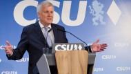 Seehofer will bayerischer Ministerpräsident bleiben