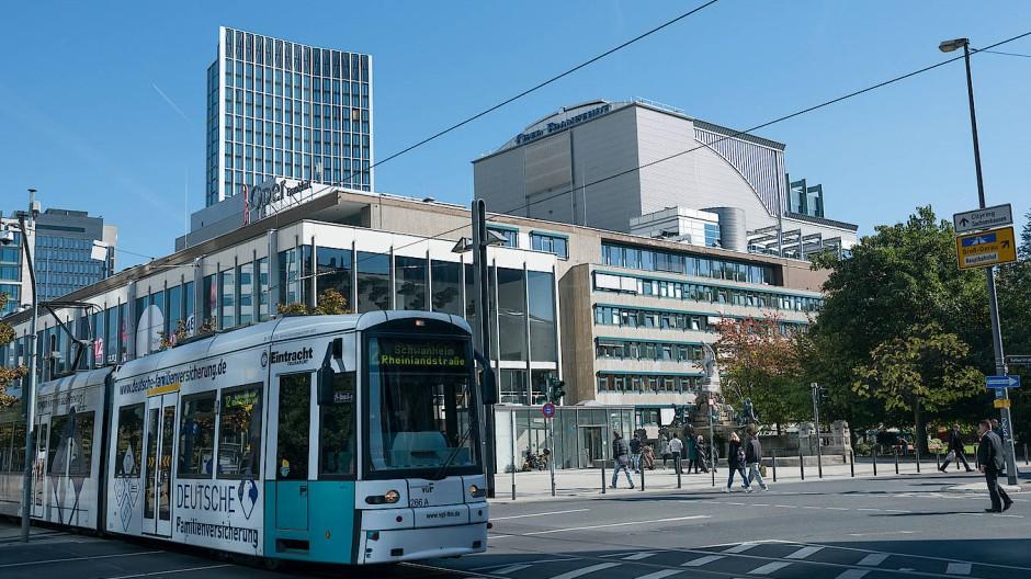 Streitfall: Städtische Bühnen in Frankfurt