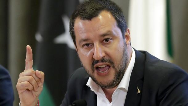 Trotz Warnungen: Italiens Parlament verabschiedet Haushalt