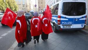 FDP-Politiker stellen Strafanzeige wegen türkischer Polizei-App