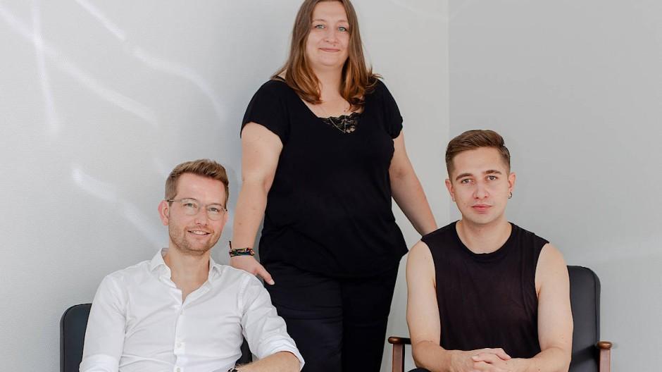 Streiten für eine Grundgesetzreform: Sören Landmann, Josefine Liebing und Christian Gaa (von links)