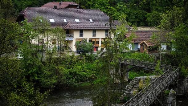 Leichen in Gästezimmer in Passau stellen Polizei vor Rätsel
