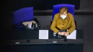 Angela Merkel hisst die weiße Fahne