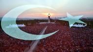 Zehntausende Türken feierten am Samstag wie hier in Ankara den Jahrestag des gescheiterten Putschversuchs.