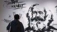 Von Trier in die Welt: Die Heimatstadt des berühmtesten politischen Denkers deutscher Nationalität zeigt eine umfassende Marx-Ausstellung
