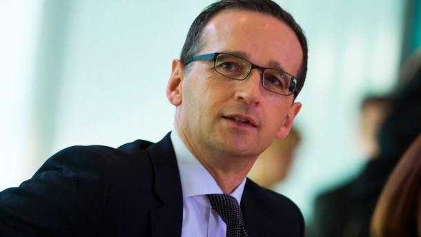 Justizminister Maas nimmt Ermittler in Schutz