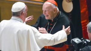 Papst entlässt früheren Kardinal aus Klerikerstand