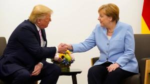 Trumps Liebeserklärung an Merkel