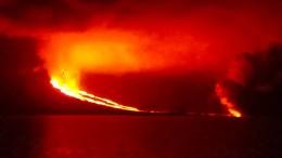 Vulkanausbruch mitten im Naturparadies