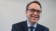 Jens Weidmann, Präsident der Deutschen Bundesbank will EZB-Präsident werden und bekennt sich daher nun zum umstrittenen Euro-Rettungsprogramm OMT.