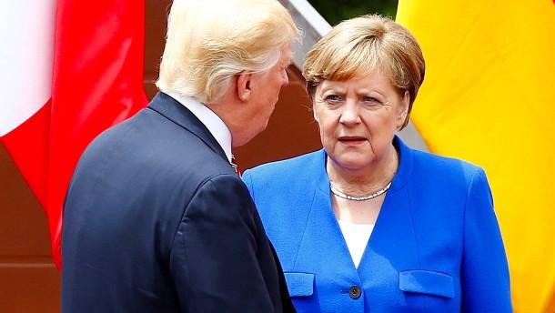 Die neue Distanz der Angela Merkel