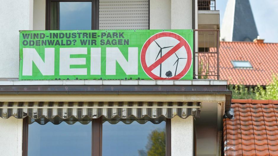 Streitthema: Der Bau von Windrädern stößt bei einem Teil der Odenwälder auf Ablehnung.