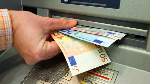 Banken verlangen höhere Gebühren