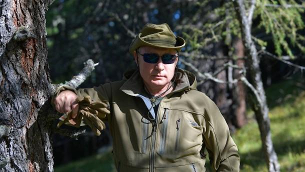 Putin feiert sich als Pilzsammler