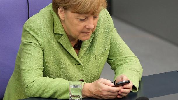 NSA soll auch bei Merkels neuem Handy mitlauschen