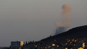 Kampf um Kobane tobt trotz Luftangriffen