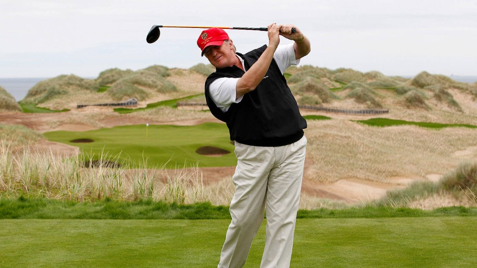 Donald Trump beim Golfspielen