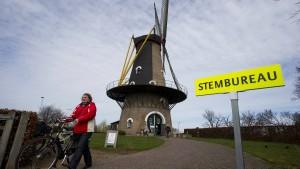 Ab 21 Uhr auf FAZ.NET: erste Daten im Liveblog, Berichte, Analysen von der Wahl in den Niederlanden