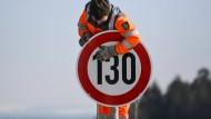 Auf der A81 am Hegaublick gilt bereits ein Tempolimit. Mehr als 130 km/h sind nicht erlaubt.