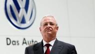 Viel Licht, aber auch viel Schatten: Die Zeit von Martin Winterkorn bei Volkswagen hat ein abruptes Ende gefunden