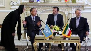 Ban Ki-moon in Teheran eingetroffen