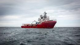 """""""Ocean Viking"""" sucht Hafen für 176 Migranten"""