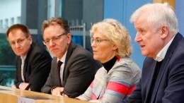 """Polizeipräsenz an """"sensiblen Einrichtungen"""" verstärken"""