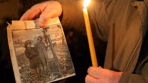 Griechenland besteht auf Forderung nach Reparationen