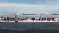 Ruhe vor dem Sturm: Kurz vor Beginn des Gipfeltreffens ist Biarritz – fast – menschenleer.